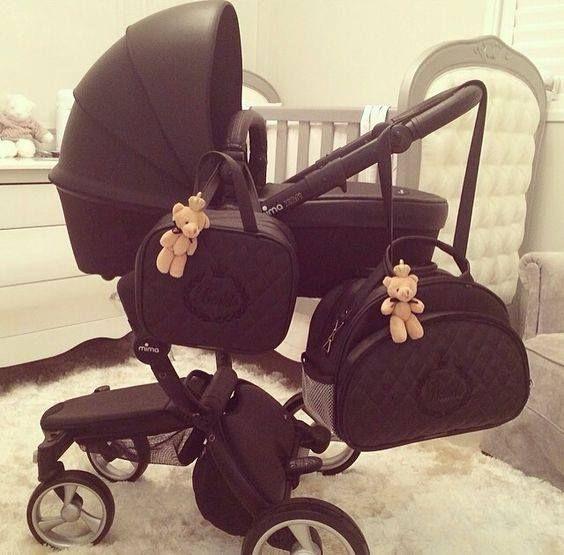 www.instagram.com/riafanos #fashion #woman #beauty #clothing #bags