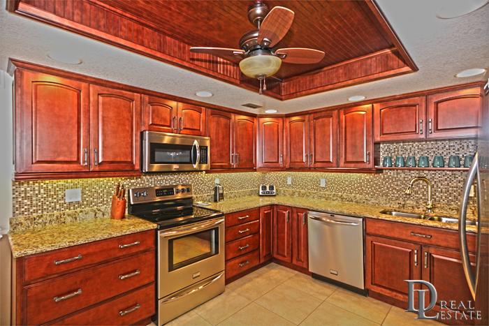Ocean Ritz Condo Unit 304 Price Reduced Located At 2900 N Atlantic Ave Daytona Beach Fl 32118 Call Christopher 386 Condo Oceanfront Condo Luxury Condo