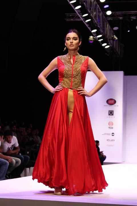 120ca44a9476 Found on Google from pinterest.com Red Kurti, Indian Wedding Fashion,  Occasion Wear