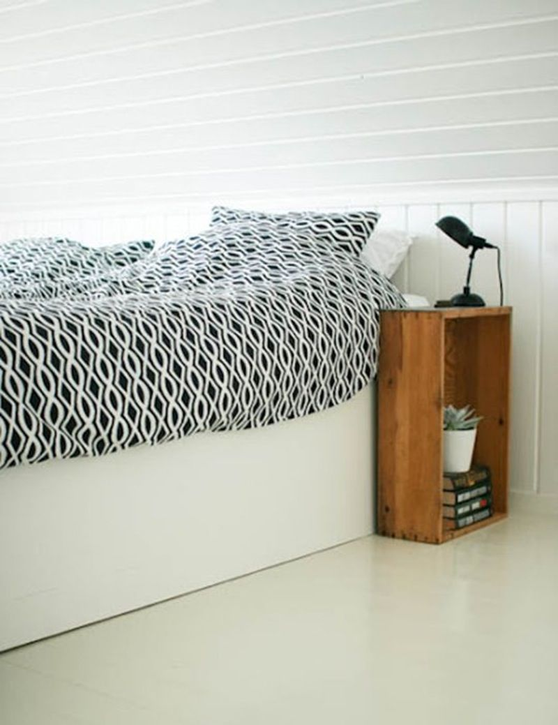 Small Space Solutions: 11 Space-Saving Nightstand Ideas ...