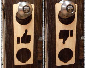 Muestra la puerta de ba o madera laser cartel para por - Muestras de banos ...