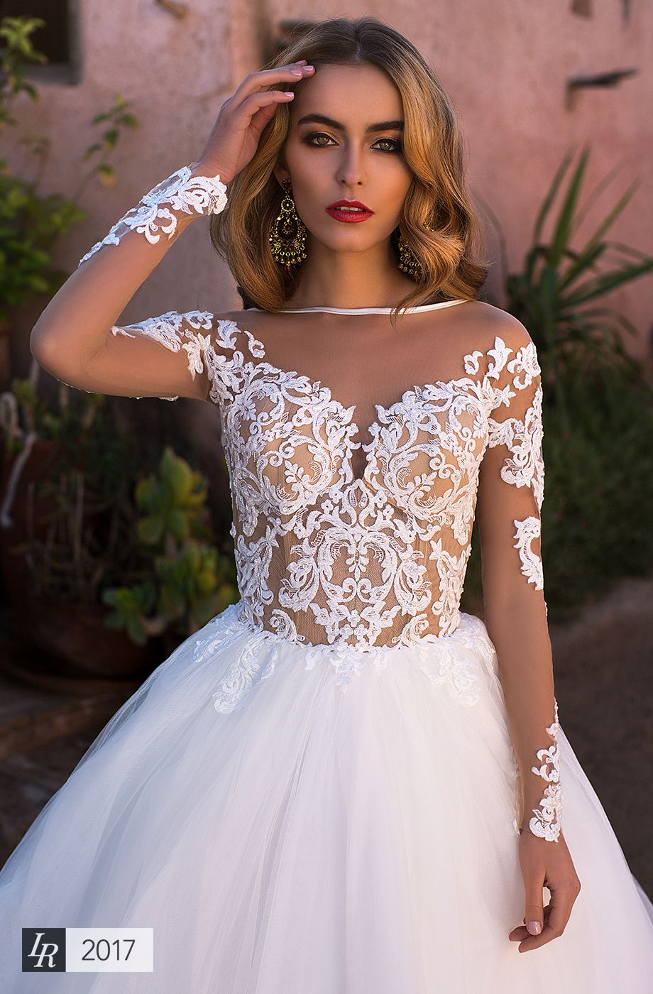 Pin By Vanda Desiree On Wedding Dresses Wedding Dresses