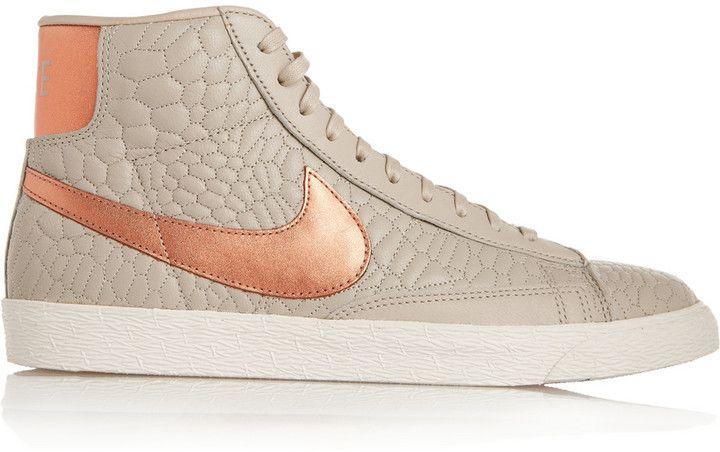Shoppez Baskets montantes en cuir effet croco Blazer Nike sur ShopStyle,  maintenant à Épuisé.