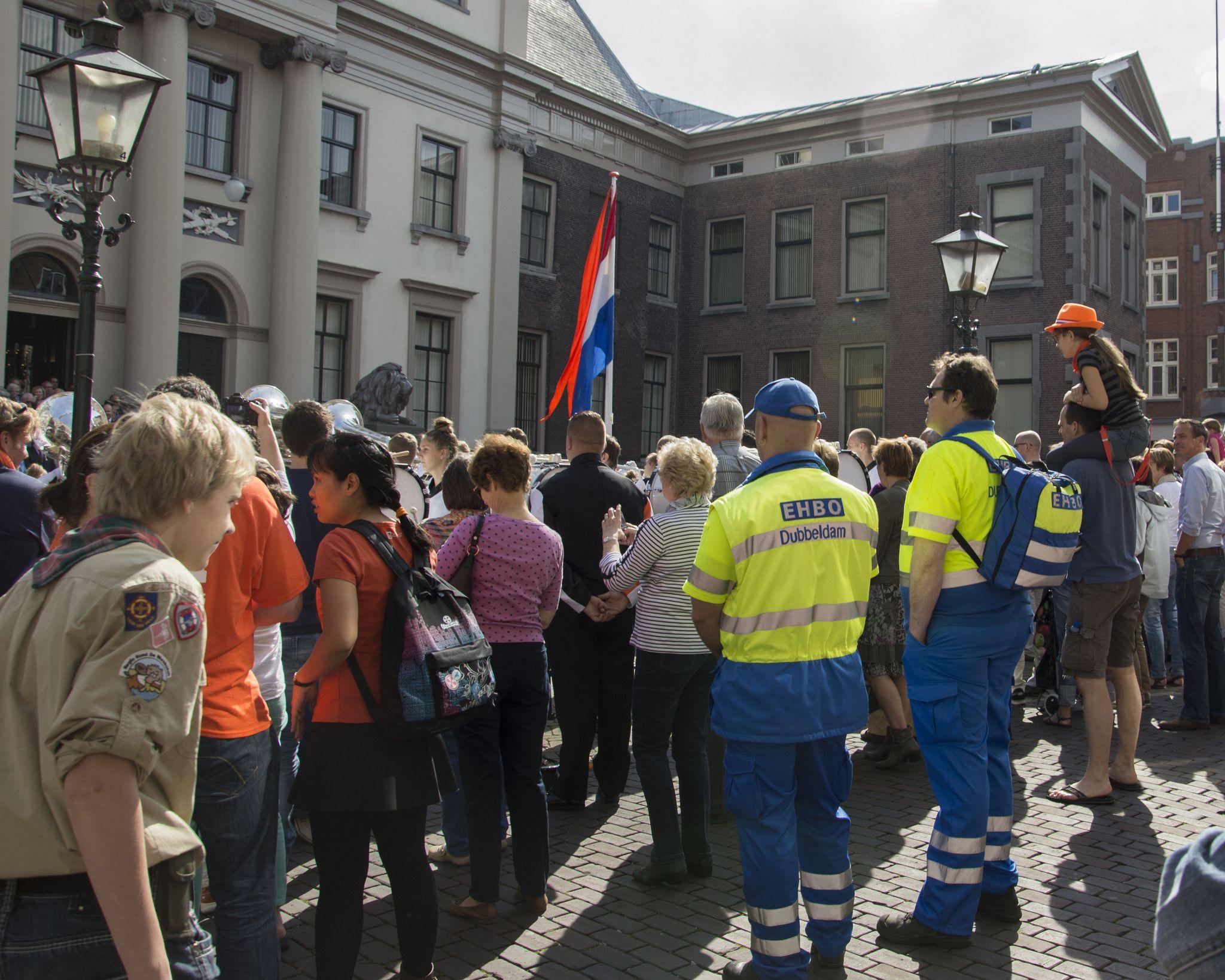 https://flic.kr/p/nn1aR3   Koningsdag Dordrecht 2014 Aubade-2