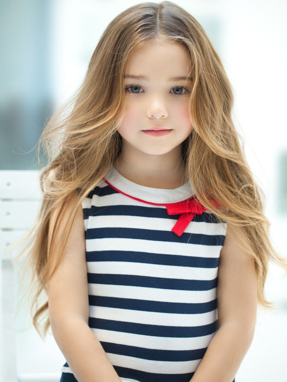 Little Beauty Royalty Free Stock Images: Beautiful Little Girl