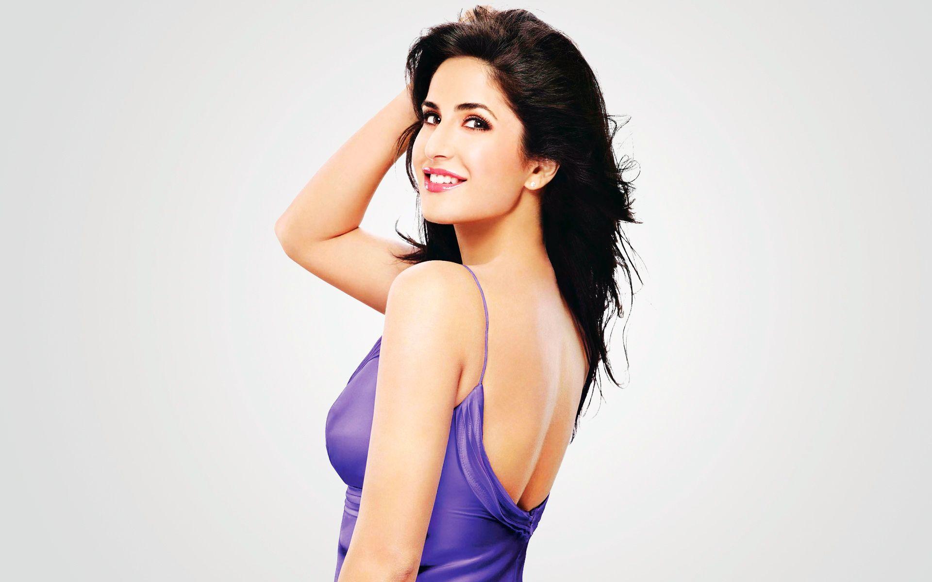 actress katrina kaif wallpaper