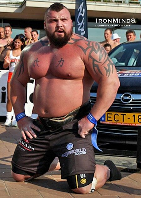 Eddie Hall With Images Strongman Plus Size Men Friends Dad