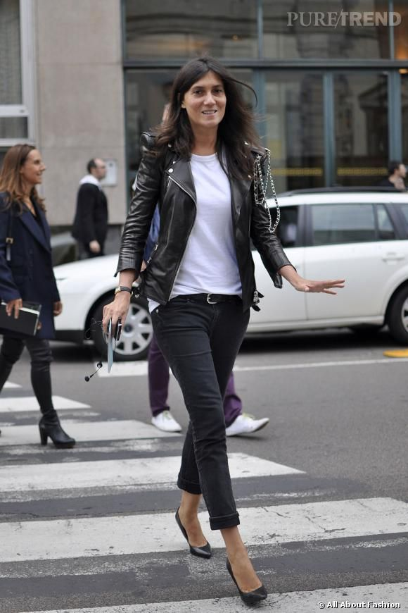 photos la r dactrice du vogue fran ais emmanuelle alt affiche un look d contract mais chic. Black Bedroom Furniture Sets. Home Design Ideas