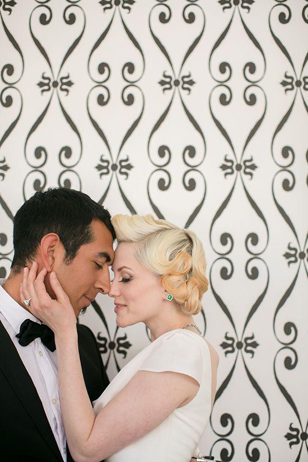 Black Tie Wedding Portraits | Britt Rene Photography | http://blog.nvlinens.com/classic-blac