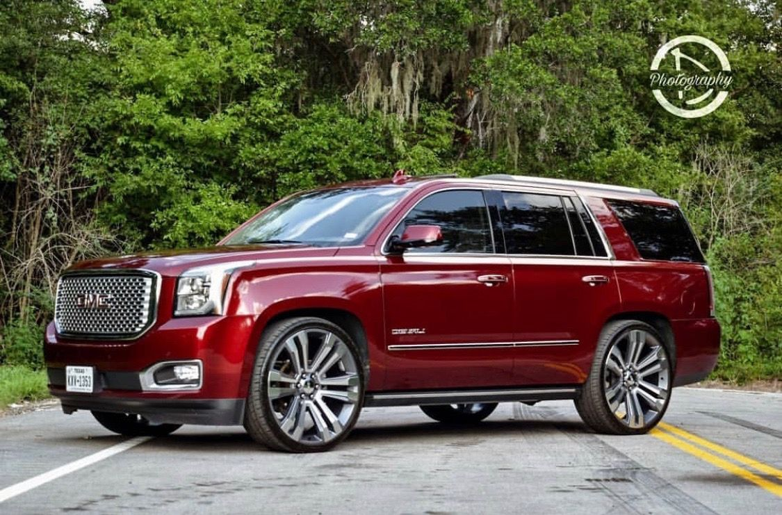 Yukon Denali Stock Burgundy Burgundy Car Super Cars Luxury Cars