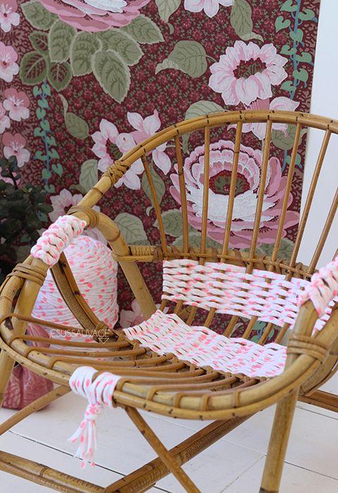 faire tissages prècedent sur chaises ou tabourets en osier   cojines ...