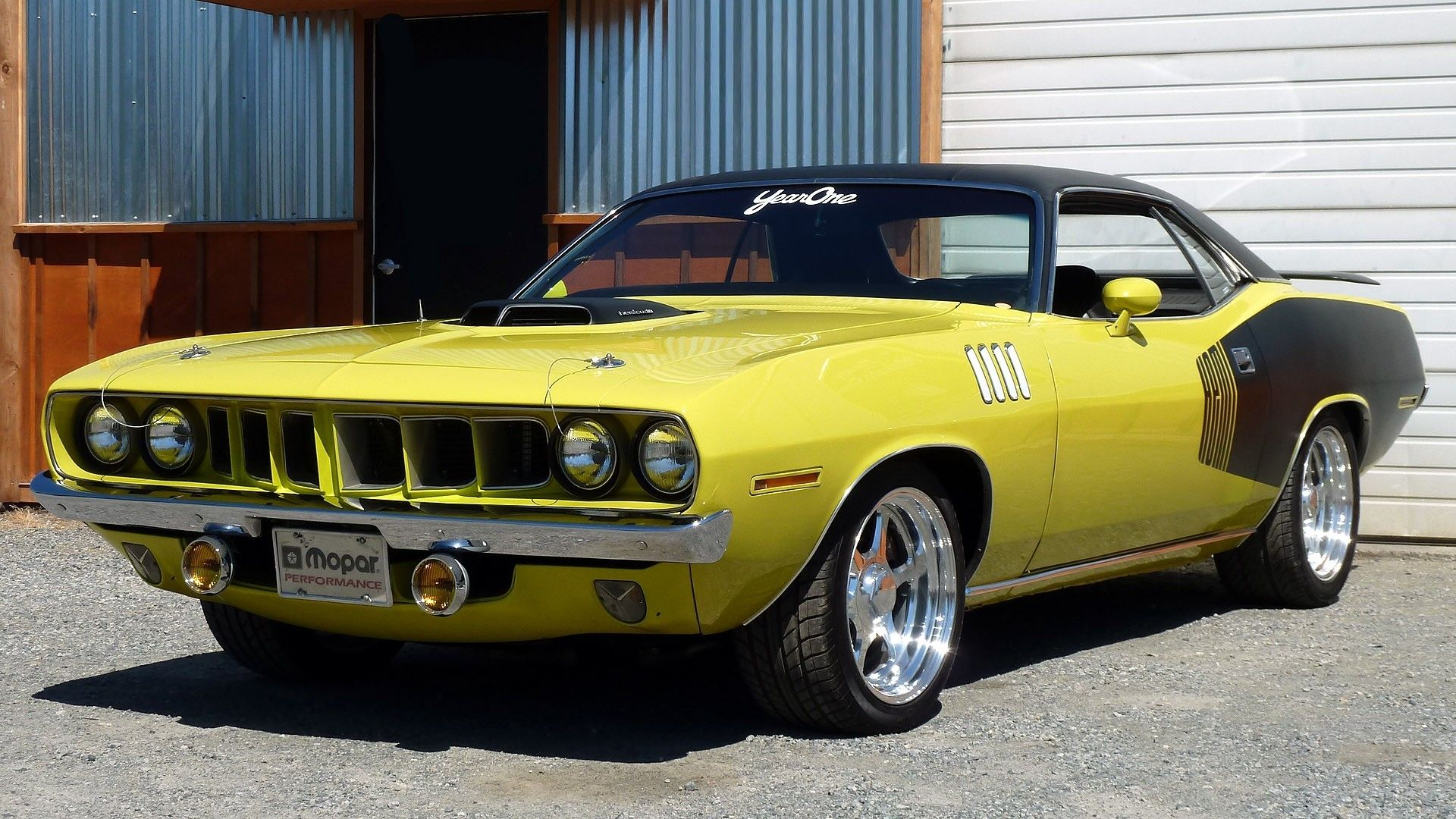 Plymouth barracuda, The plymouth barracuda is a two-door car that ...