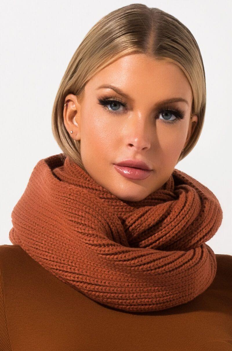 BAILEE KNIT INFINITY SCARF Knit infinity scarf