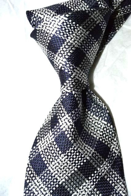3df7be490c41 $250 NWT TOM FORD Navy White check 3.5