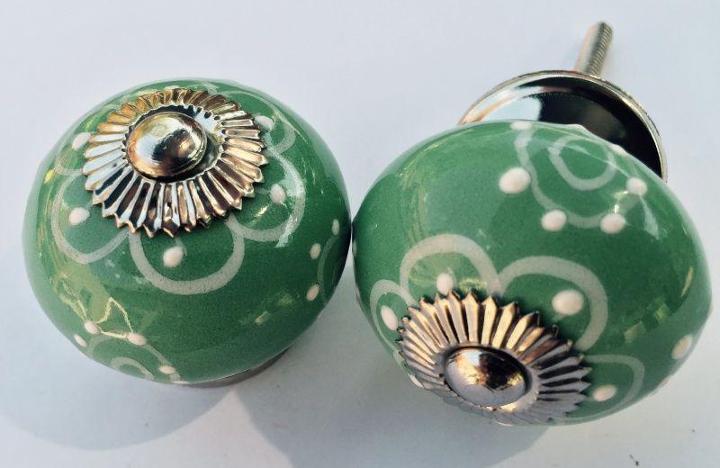 054 Originele en zeer mooi kastknopje