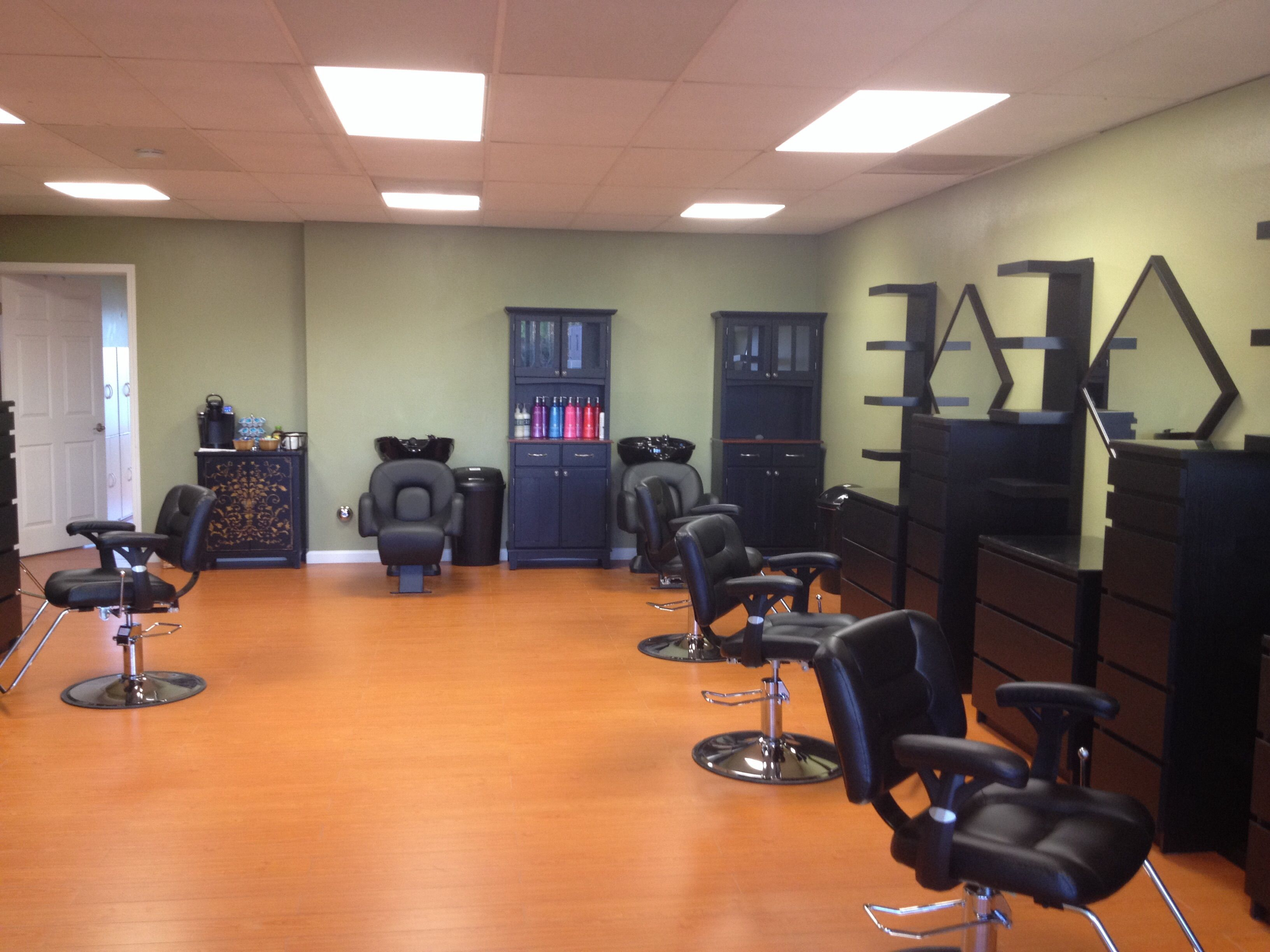 Hair Stylist for Booth Rent or Commission Huntington Beach