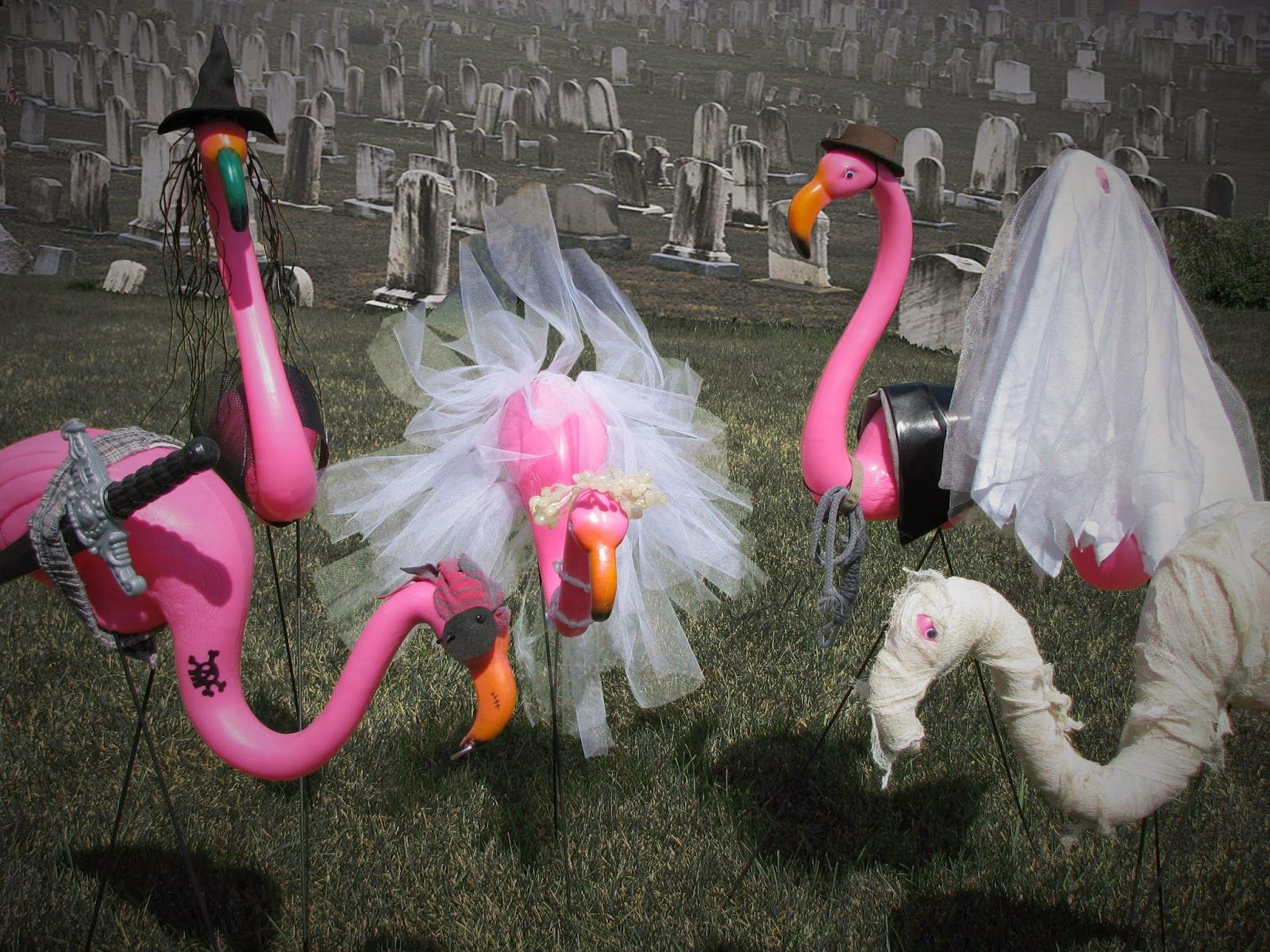 potionsmith: halloween flamingos | potionsmith.blogspot | pinterest