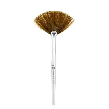 Fan Brush Fan Brush Makeup Makeup Tools Makeup Tools Products