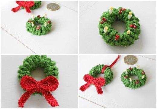 Adventskranz / Weihnachtskranz als Mini Amigurumi ...erst eins, dann ...