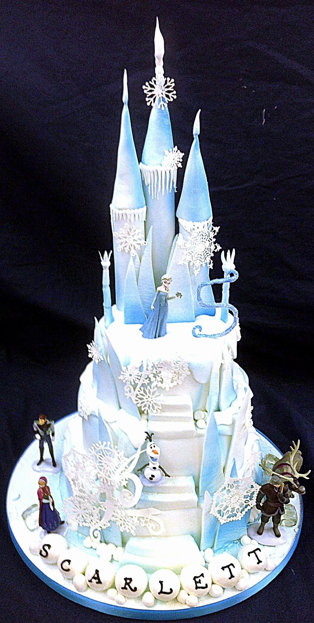 Prime Frozen Castle Cake Frozen Taart Kasteel Taarten Geweldige Taarten Funny Birthday Cards Online Aeocydamsfinfo