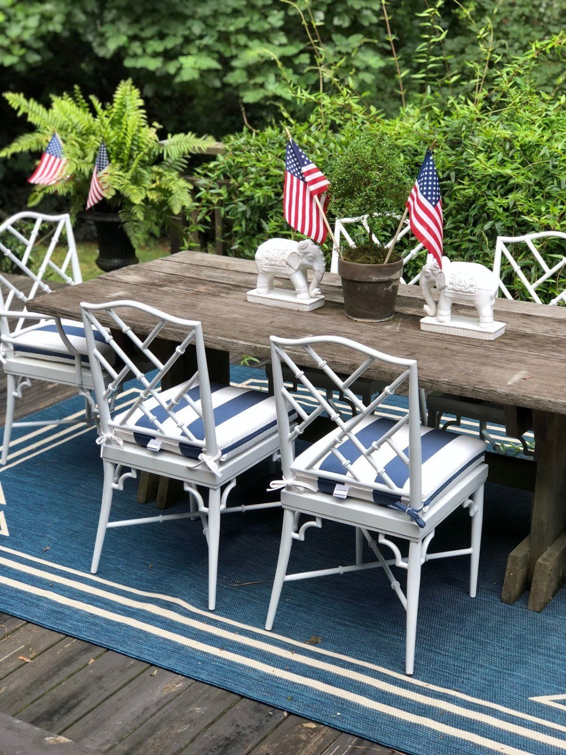 Our Outdoor Rug Featured In The Pink Clutch S Patio Reveal With Images Outdoor Rugs Outdoor Rugs Patio Patio Rugs