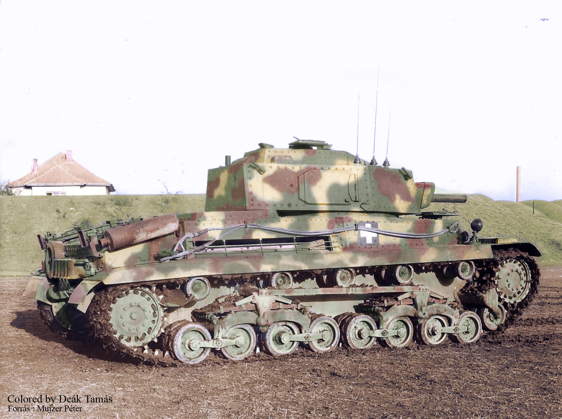 Hungarian Turan tank with radio ,commander prototipe.