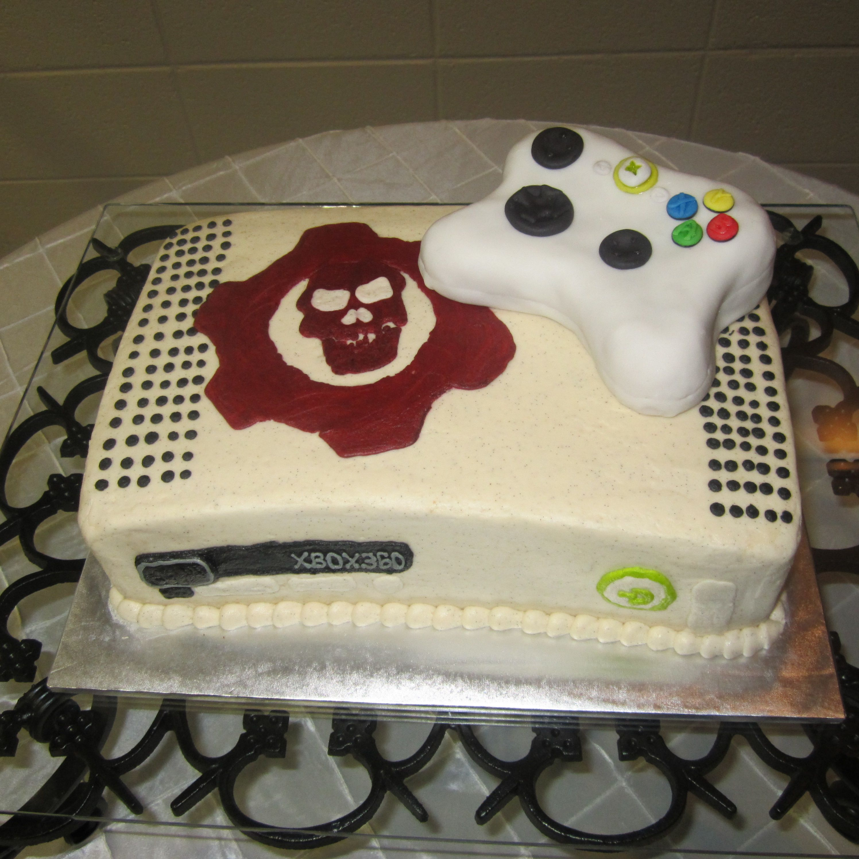 Gears Of War Xbox 360 Cake Tots Would Get For My Bday Girl Gamer