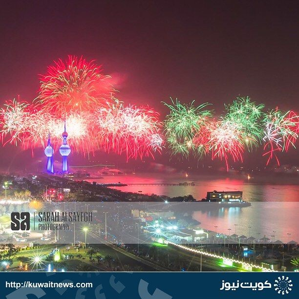 Kuwaitnews كويت نيوز On Instagram الكويت الألعاب النارية الجزء باحتفال كويت العطاء بمناسبة الاعياد الوطنية وافتتا Instagram Instagram Posts Photography