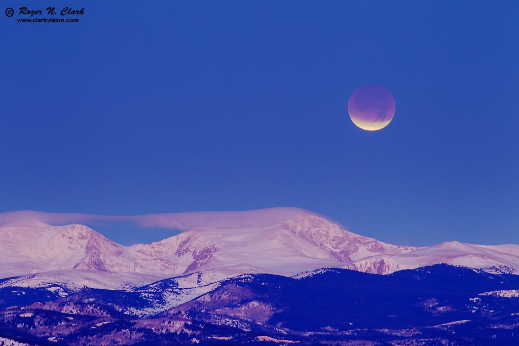 December Lunar Eclipse Over The Rockies Astronomy Pictures Twilight Sky Morning Sky