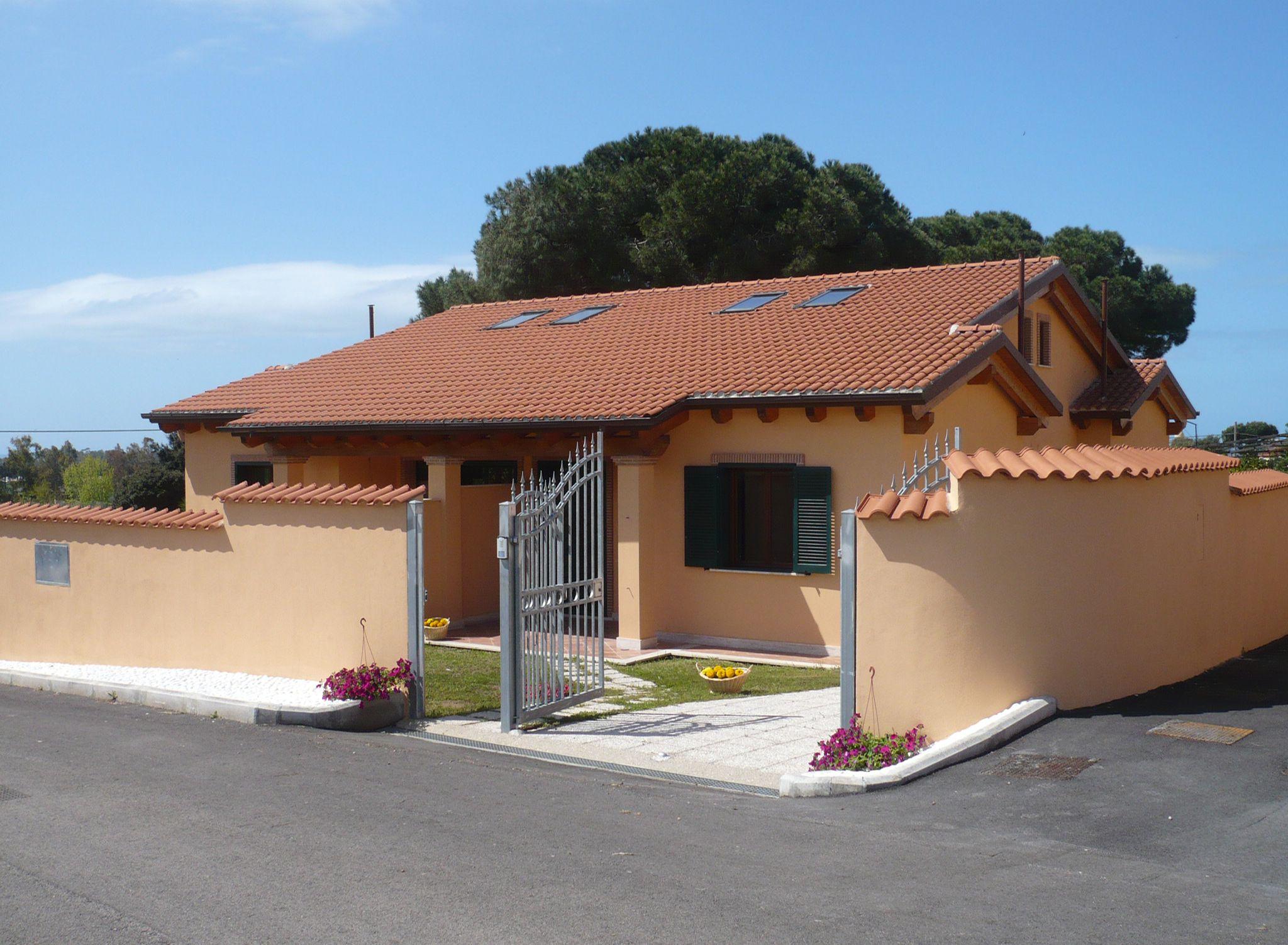 Villa 12a, quadrifamiliare con appartamenti composti da ...