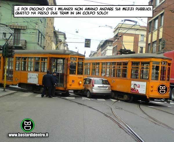 Attaccato ai tram | immagini e vignette divertenti |