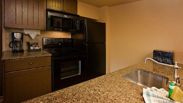 1 Bedroom Villa-Savanna View Disney World Pinterest Kidani