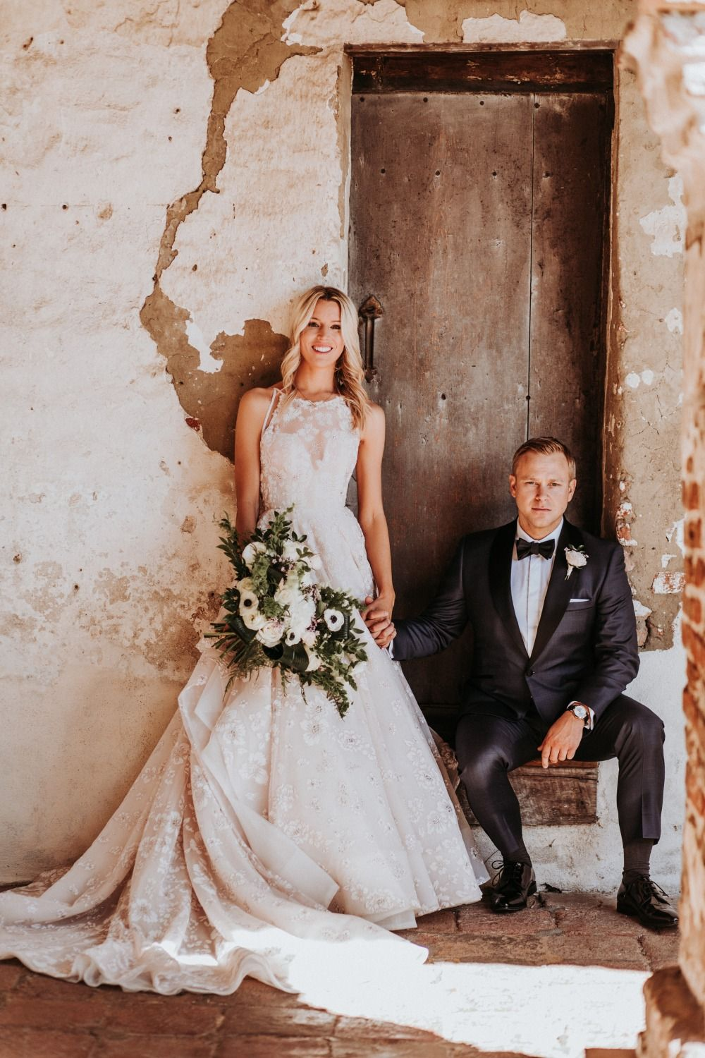How To Have A Glamorous Chic Wedding Without Going Over The Top Wedding Wedding Dresses Strapless Wedding Dress