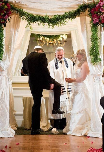 Pin By Unwavering Workers House Clea On Israel Jewish Wedding Traditions Jewish Wedding Wedding