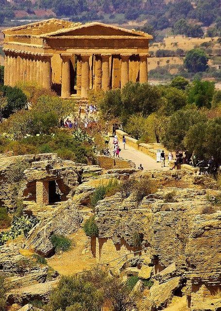 The Greek Temple della Concordia, Agrigento - Sicily