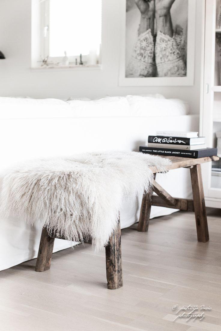 Houten bankje | Háló | Pinterest | Interiors, Bedrooms and Living rooms