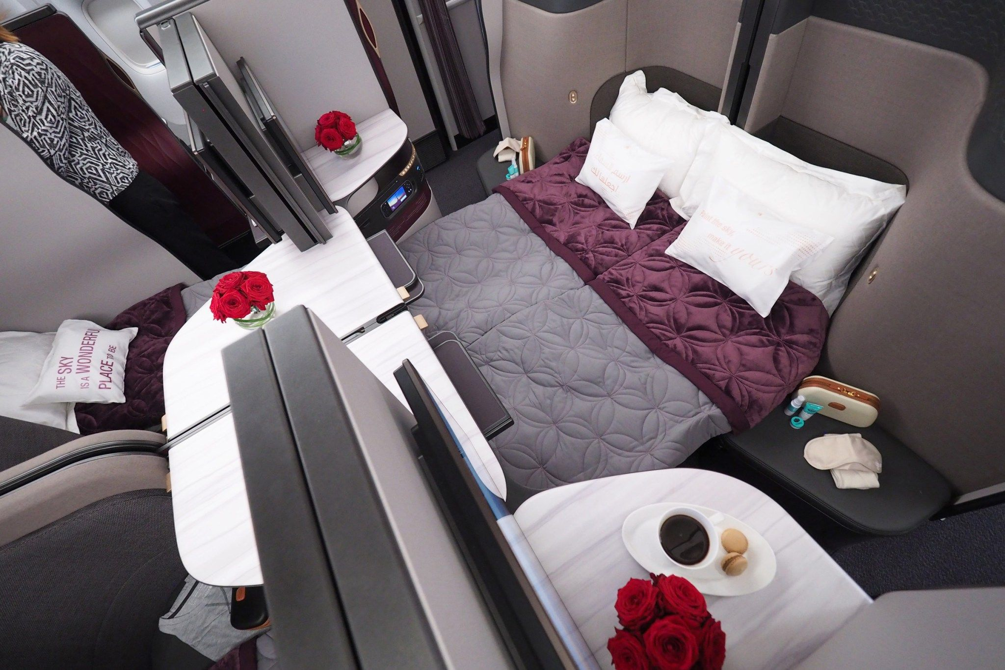Qatar Airways To Bring Qsuites To Los Angeles Qatar Airways Private Jet Interior Double Beds