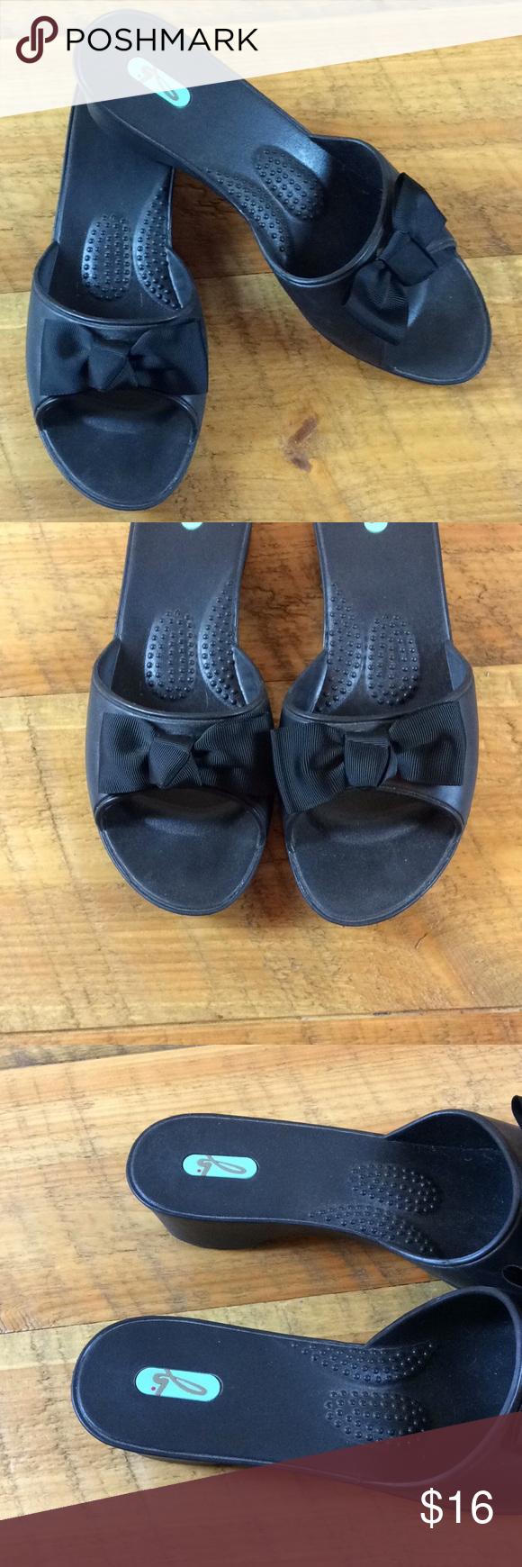 1b429b001dda9b Oka-B black sandals with ribbon detail Size L EUC Oka-B sandals Size L  (10-11) Black Ribbon bow detail Soft