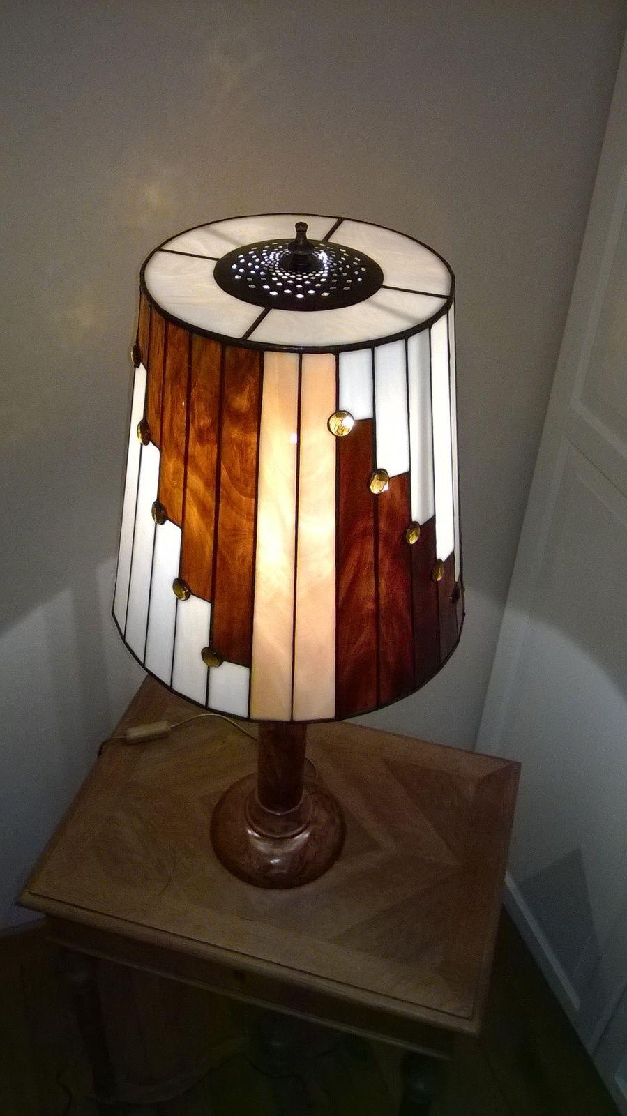 The Lampe Mf Creations Tiffany Lampe En Verre Dessins De Vitraux Verre En Mosaique