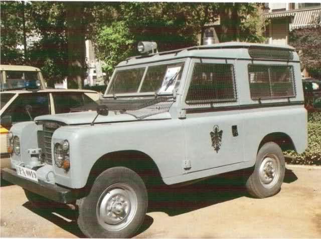 Imagen: LAND ROVER 88, DECORACION POLICIA ARMADA