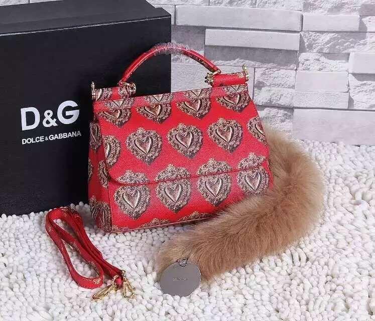 c5f2727fc0b8 Dolce   Gabbana Calfskin Sicily Bag 100% Authentic 80% Off ...