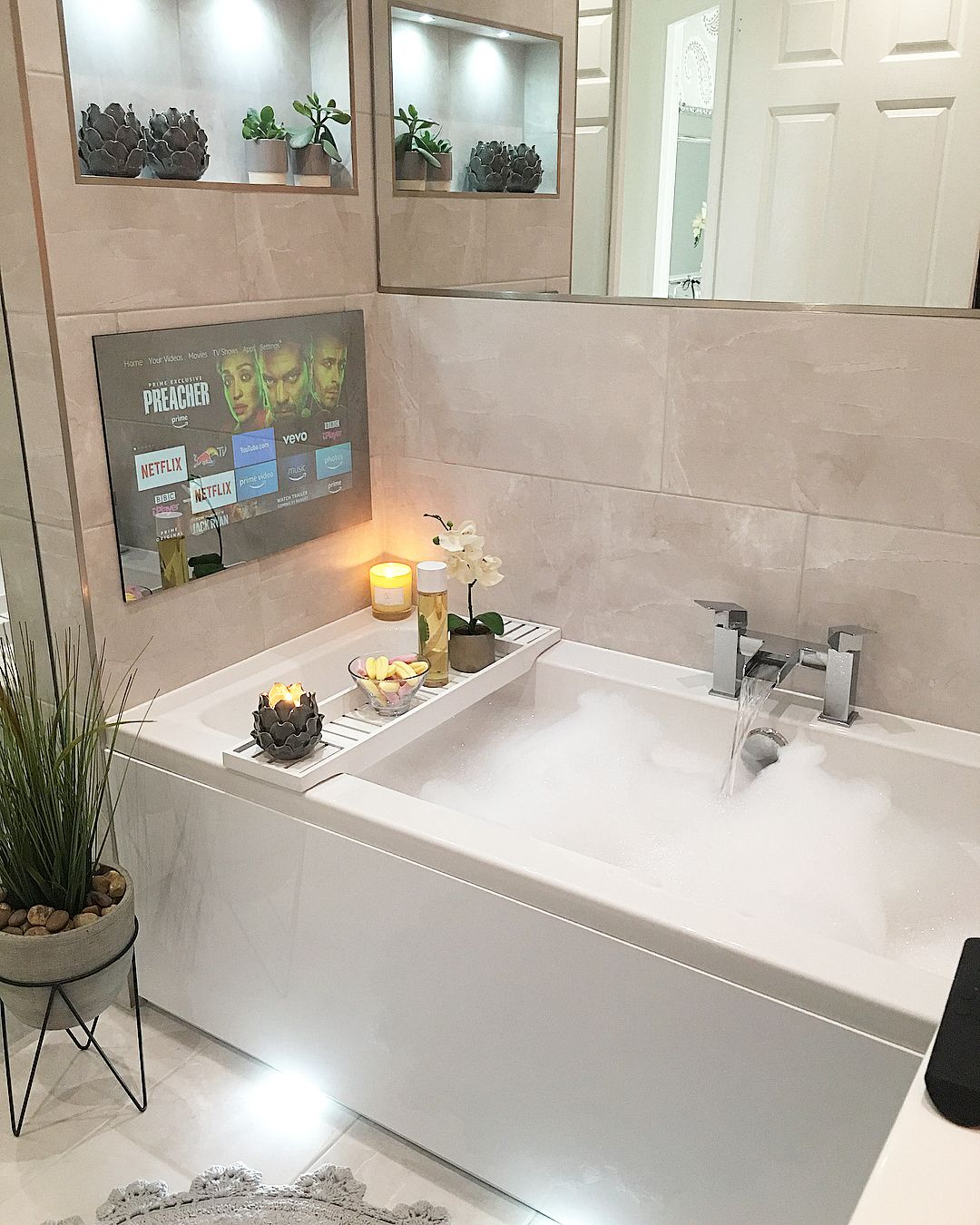I Would Love To Dive Face First Into A Paddling Pool Right Now But I Don T Have One Lol So I Had A Lovely Col Tub Remodel Master Bathroom Tub