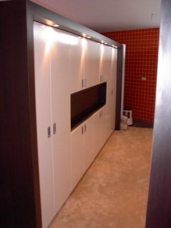 inbouw kast slaapkamer met TV uitsparing  Slaapkamer