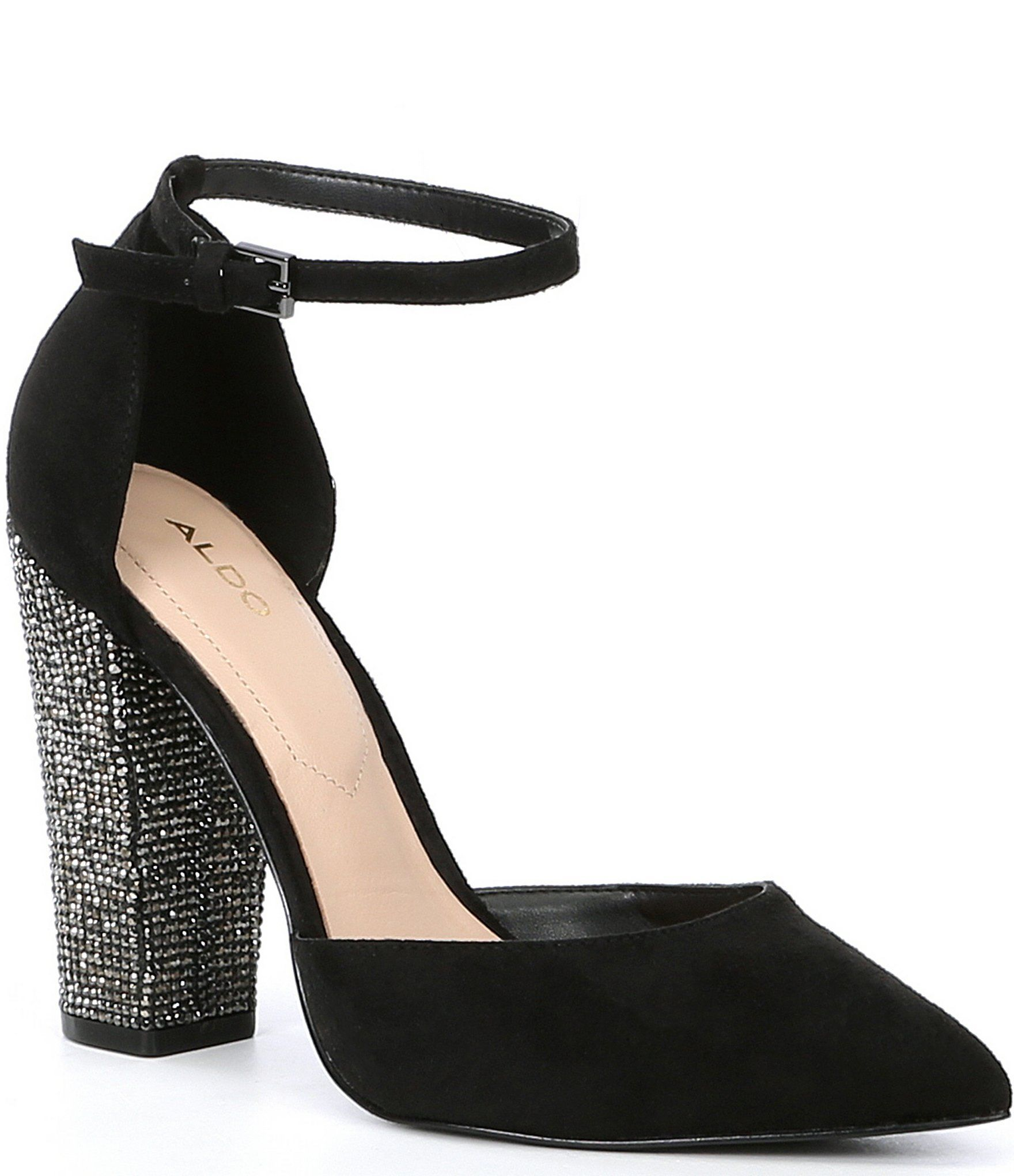 Pointed toe block heel