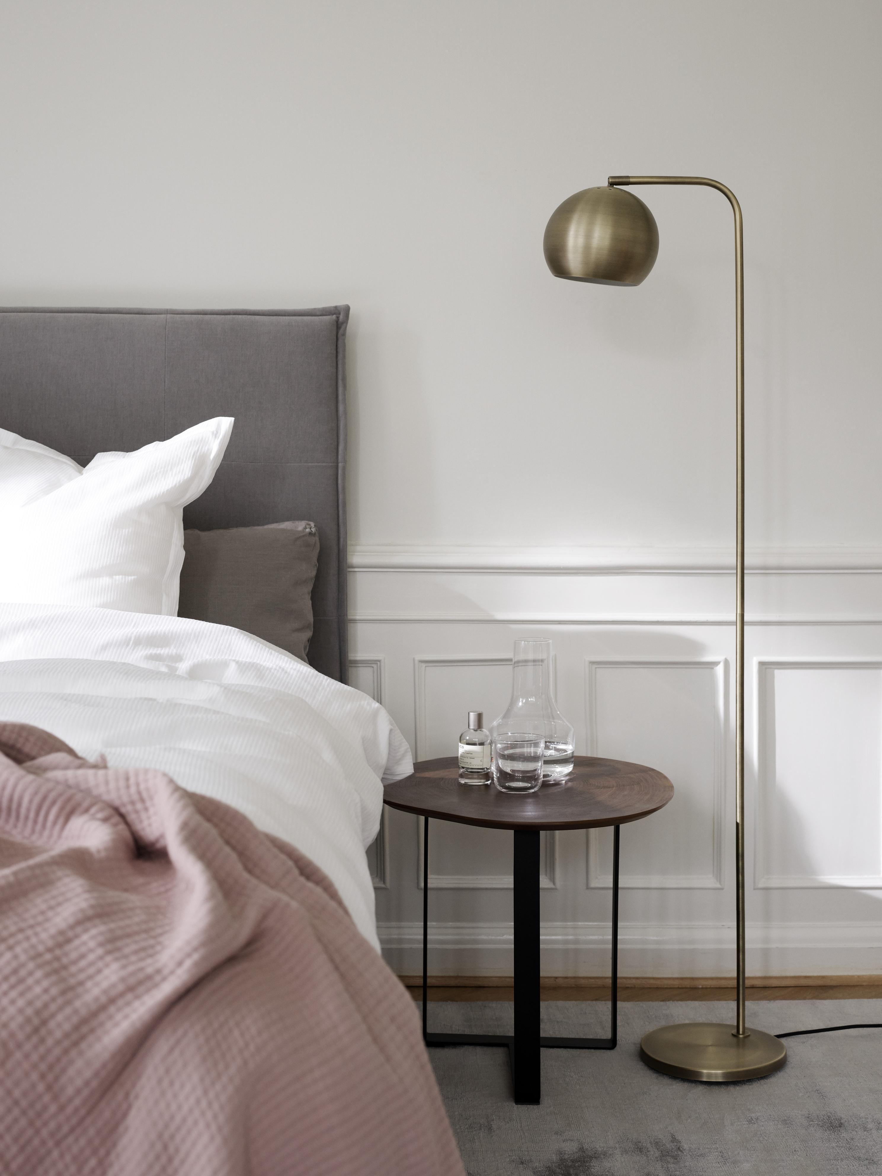 Boconcept Kip Floor Lamp Minimal Bedroom Ideas Floor Lamp Bedroom Furniture Bedroom Flooring