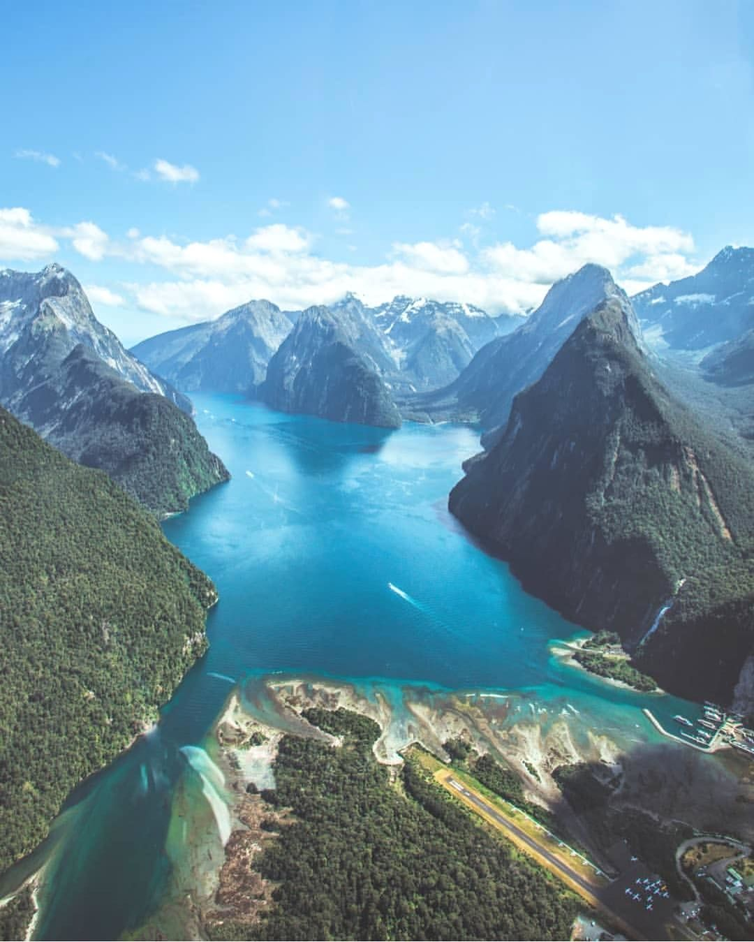 New Zealand Pic By Craigjcampbell Bestplacestogo For A Feature New Zealand Travel Best Vacation Spots Travel