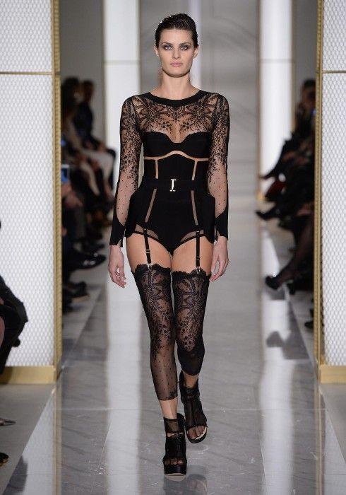 Показы мод кружевного белья бразильские модели нижнего белья женского видео