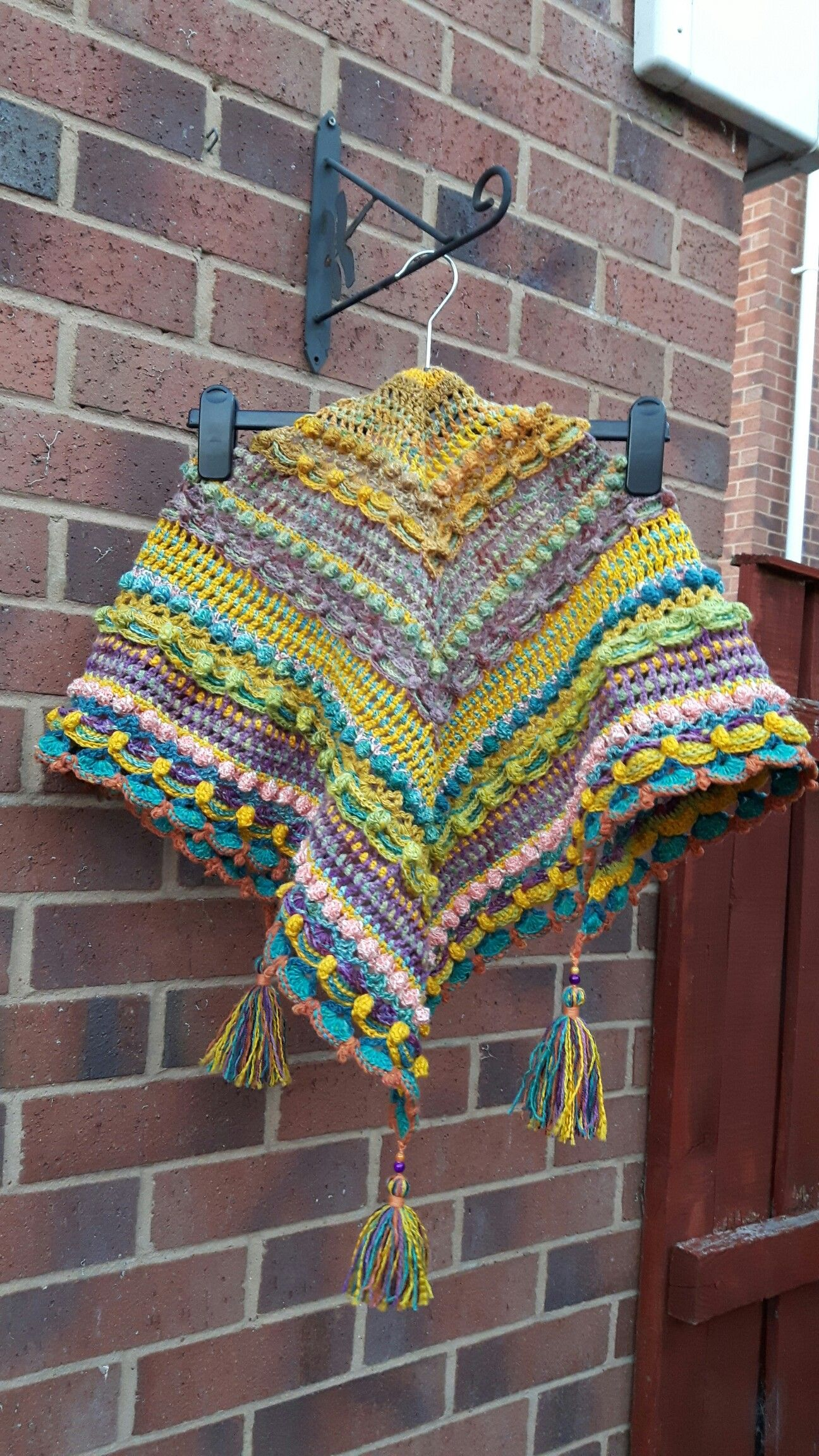 Lost in time shawl, free pattern form mijocrochet: https ...