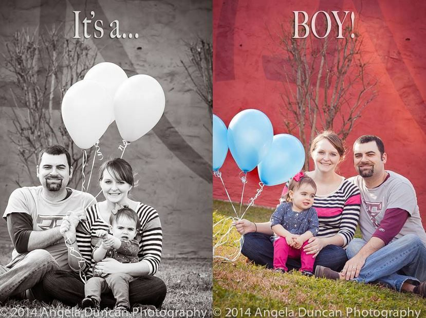 Great idea for a gender reveal! Do the photo in black and white then go back and show the balloons in color! #genderreveal #baby #newborn #photographer