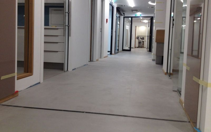 beton reparieren so werden risse und fugen in asphalt und beton fit gemacht with beton. Black Bedroom Furniture Sets. Home Design Ideas